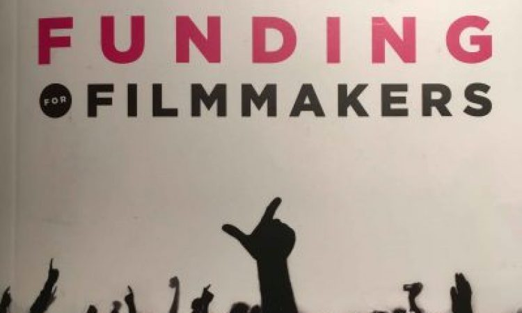 Crowdfunding, crowdfinding en 'Christfinding'